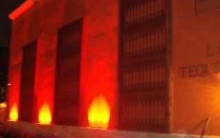 Lightide-linear-LED-Floodlights-for-La-Tequilera